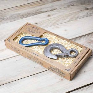 Chocolate-crane-hook-carabiner-gift-box-closed