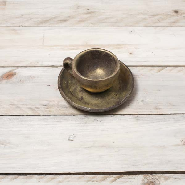 chocolate-coffee-cup-and-saucer